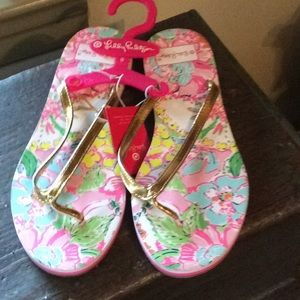 NWT target for Lilly flip flops
